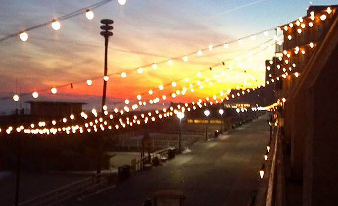 Atlantic City s Top Bars for Beachside Sipping