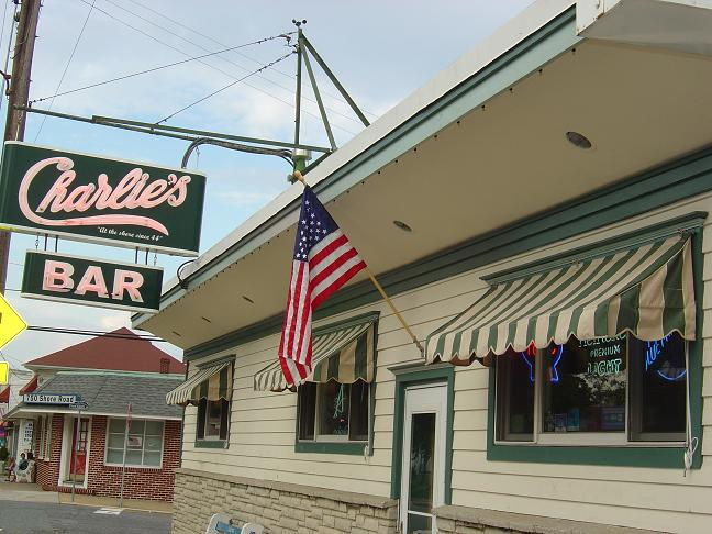 Charlie's Bar & Restaurant